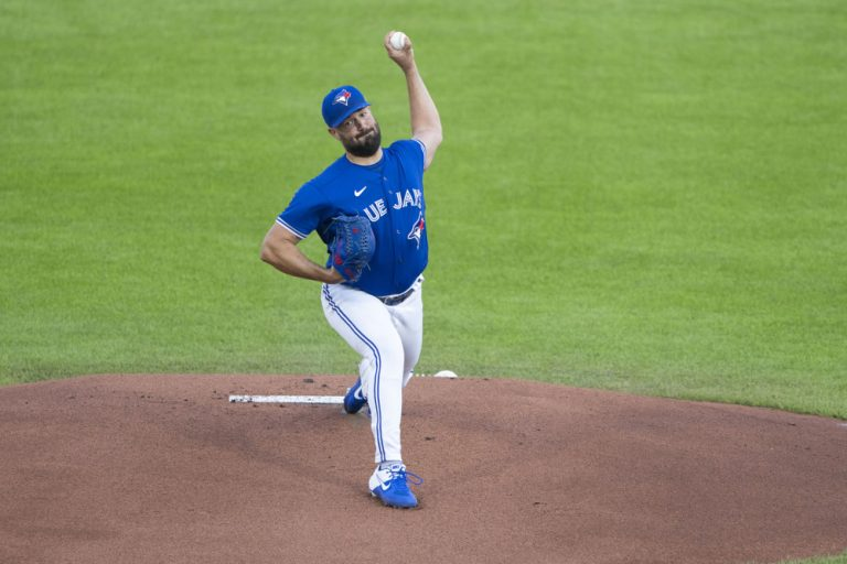 The best free expert MLB bets today with Las Vegas betting odds and picks like Robbie Ray UNDER 8.5 strikeouts on Monday, Sept. 20, 2021